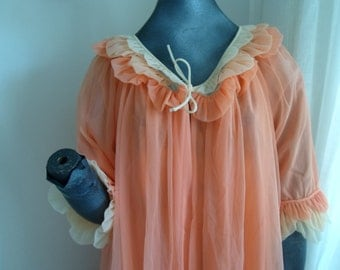 1940s apricot and peach negligee