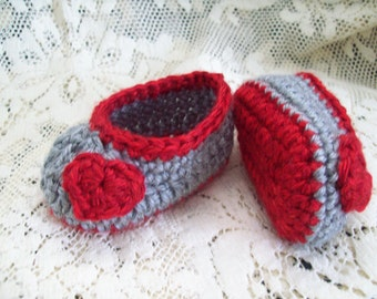 Crochet Baby Ballet Shoes, Grey and Red Baby Slippers // Red Baby Shoes // Newborn to 3 months