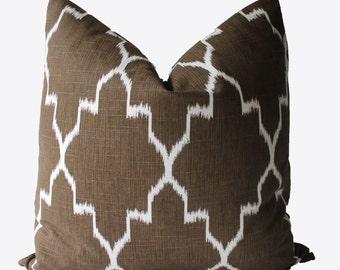 Decorative Designer Brown Geometric Quatrefoil Pillow Cover, 18x18, 20x20, 22x22 or Lumbar Throw Pillow