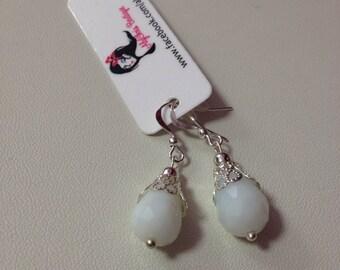 Faceted White Glass Bead Earring, White Dangle Earrings, White Drop Earrings, Bridal Earrings,