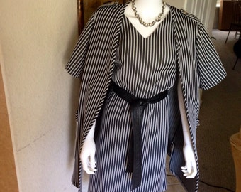 1970's Vintage Pinstriped 2-piece Dress-suit/ Sailor's Black Pinstriped Dress/Suit Jacket Ladies Ex-Large/1x Size 14,16,18