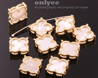 2pcs-14.5mmX14.5mmBright Gold plated over Brass Daisy Flower With Mother-of-Pearl Pendants,Charms-Pearl(K1192G-B)