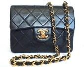 Stunning Black Vintage Chanel Shoulderbag Purchased in 1986