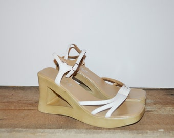 Vintage 90s Sandals Chunky Heel Cut Out Sandals Mudd Wedge Sandals Strappy White Sandals Triangle Wedge Sandal Platform Sandals Size 8.5