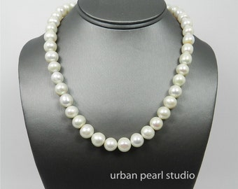 Pearl Choker Necklace, Jumbo Baroque Pearl Necklace, Pearl Bridal Jewelry, Simple Pearl Necklace