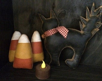 Black cat and candy corn Halloween bowl fillers (large)
