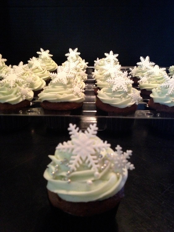 Snowflake Fondant Cupcake Toppers 12