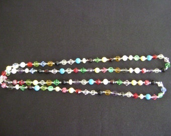 Long Hippie Style Glass Beads Necklace