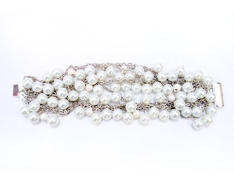 Pearl Cluster Bracelet, Beaded Bracelet, Silver Chain Bracelet, White Pearls, Silver Jewelry, Silver Bracelet