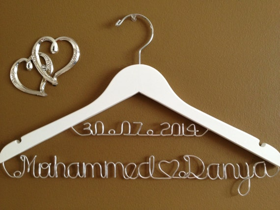 Bridal Hanger with Date & Hearts for your wedding, Personalized  bridal hanger, brides hanger, Bridal Hanger, Wedding hanger, Bridal