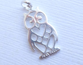 Sterling Silver Owl Charm -- 1 Piece -- Filigree Bird Pendant