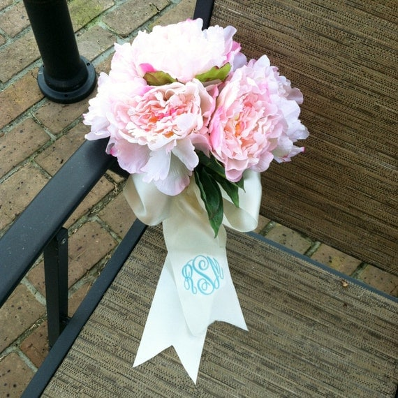 How To Wrap Bridal Bouquet With Ribbon : Monogrammed bridal bouquet by emmabellasdesigns on etsy