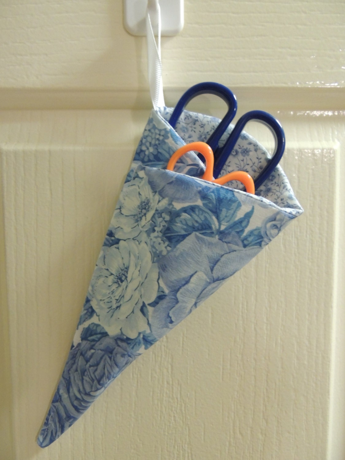 Scissor Holder Blue Roses Sewing Accessory Craft Accessory