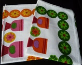 Vintage kitchen towels from 1960-1970 era, set of two in unused condition