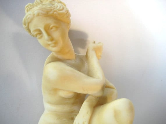 Vintage G Ruggeri Sculptor Statue Of Venus Marble Dust And
