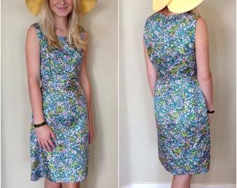 60s Dress // Vintage 1960s Green Ditsy Floral Column Sheath Dress Size S M