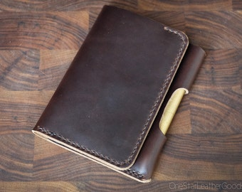 "Field Notes wallet with pen sleeve ""Park Sloper Senior"" Horween Chromexcel leather - brown"