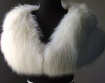 Ultimate Luxury Gift Or Wedding Bridal Accessory/ Stunning Hollywood Starlet Ivory Cream White Arctic Fox Fur Stole/Cape Wrap Shrug Shawl