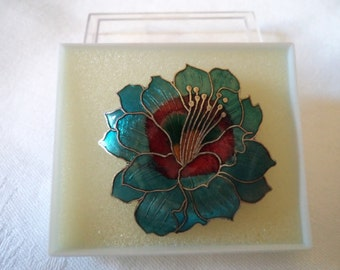 Vintage Unsigned Green Closionne Flower Brooch/Pin