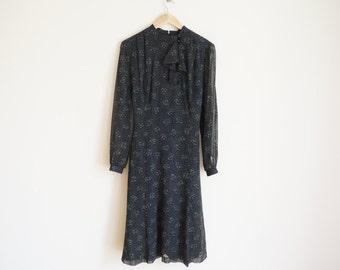 Vintage 1970s Dress / Vintage Floral Dress / Vintage Romantic