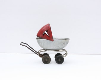 Vintage 1920's Wyandotte Toy Baby Buggy with Wood Wheels ~ Toy Carriage ~ Toy Stroller ~ Toy Pram