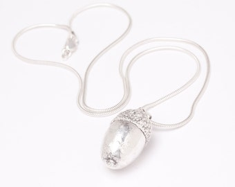 Real Acorn Pendant Necklace. Natural Acorn dipped in pure silver Pendant. Silver Acorn pendant necklace with chain. Fashion Jewellery