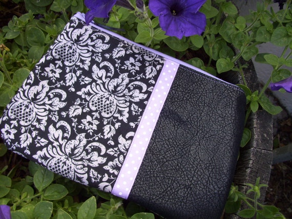 Black & Lavender Cosmetic Bag, Large Zipper Bag