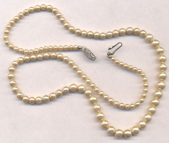 Antique and Vintage Bracelet and Necklace Clasp Types