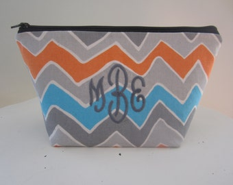 Monogrammed Make up bag by Southern Pursenality - Personalized