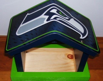 Seattle Seahawks License Plate Bird Feeder/Fathers Day, Sports, NFL, Birthday, Mothers Day, Christmas Gift, Football