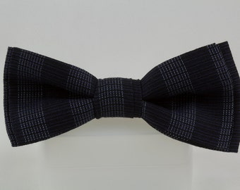 Navy Blue Clip Bow Tie with Subtle Grey Plaid created from Vintage Fabric, Navy Blue Bowtie Navy neck tie Navy Blue Necktie