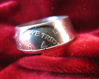 COIN RING made from a 1964 Kennedy Silver Half Dollar, A NEW unsized Mens / Mans ring 52 year old American 90% silver coin