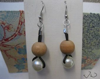 1 Wood bead and 1 Pearl bead Stainless Steel Earrings