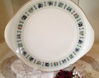 Vintage Royal Doulton bone china  Cake Plate ideal for your tea party. CP012