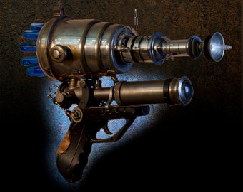 Steampunk raygun. Executive gift. One of a kind. Weapon. LARP. Cosplay. Ray gun