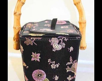 DISCOUNT Vintage Purse Radiant Orchid Black Bamboo Pocketbook Frame Handbag Asian take outbox Chinese Purple Whimsy Vintage Purse Clothing