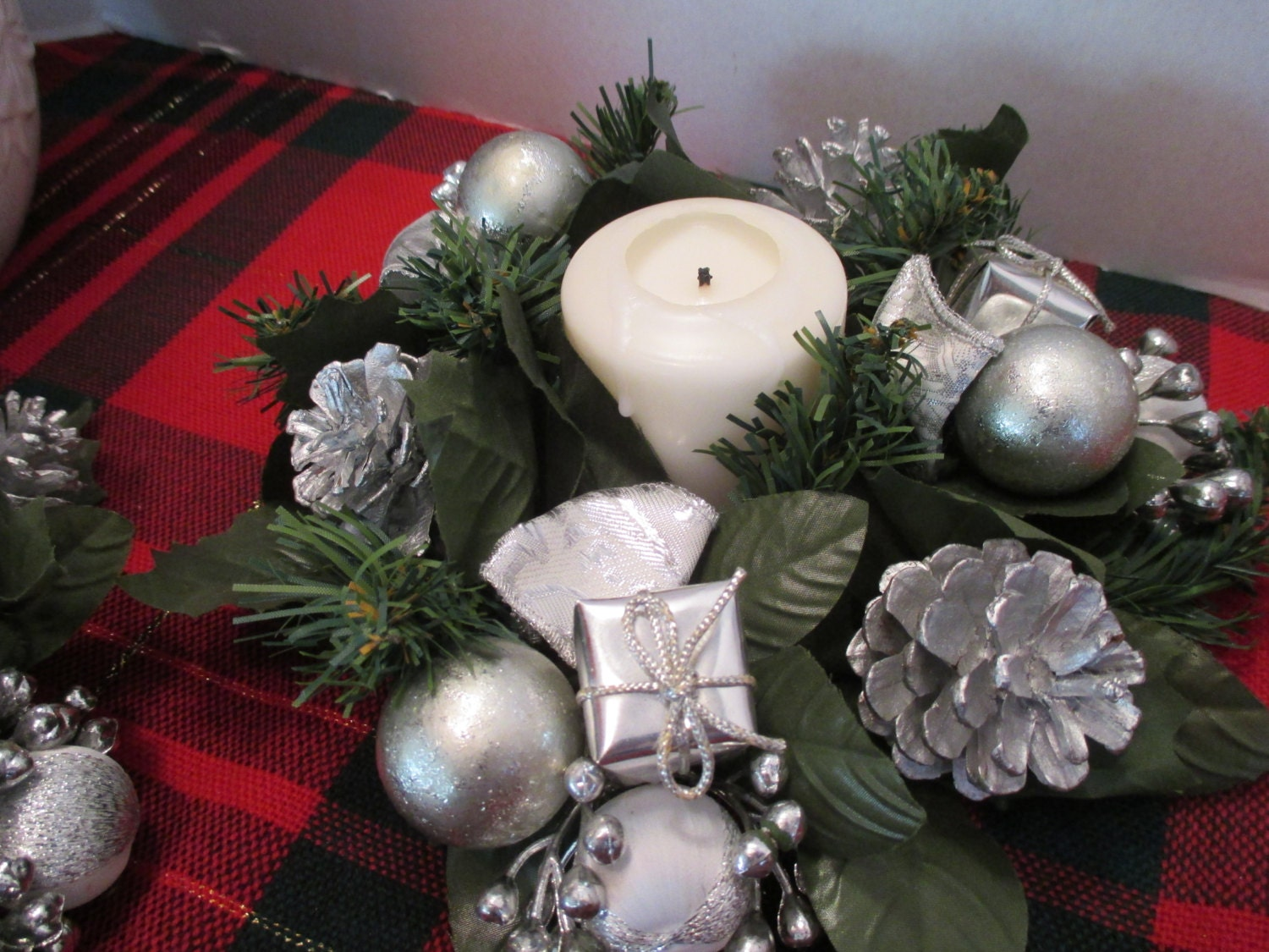Christmas candle holders christmas decoration silver for Christmas candle displays