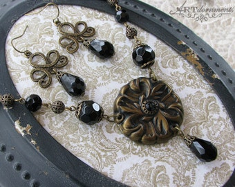 Unique Romantic Floral Medallion Antique Style Jewelry Handmade Art Necklace Set