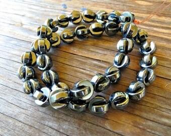 """Hematite Crescent Moon Beads (10mm x 4mm - 16"""" strand)"""
