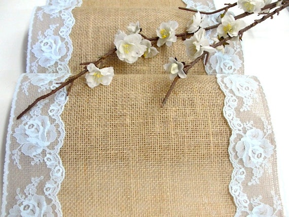 Toile de jute chemin de table chemin de table de par hotcocoadesign - Chemin de table toile de jute dentelle ...
