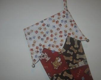Quilted Christmas Stocking (white paws)