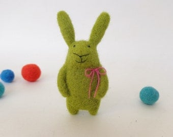 Green Bunny Brooch, Felted Animal, Needle Felted Bunny, Needle Felted Brooch, Spring Green Bunny Brooch, Easter Bunny, Easter gift