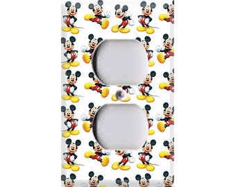 Mickey Mouse Pattern Outlet Cover
