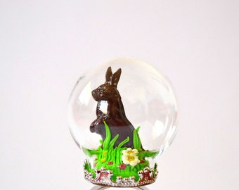 Chocolate easter bunny globe ring