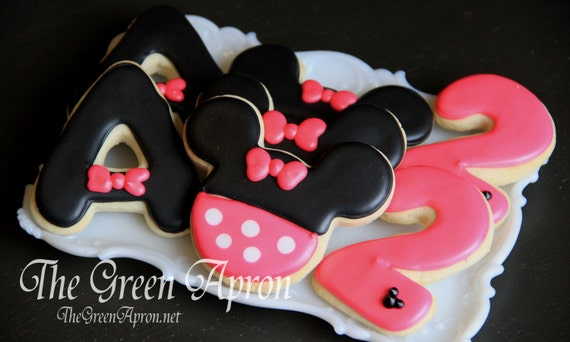 18 (1 and 1/2 dozen)  Mouse Themed  Decorated Sugar Cookies