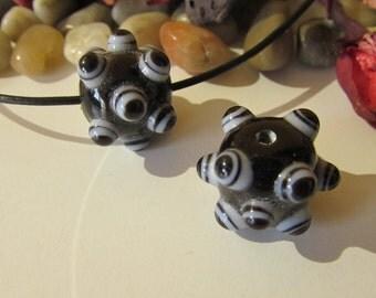 D-00609 -  1 handrolling Lampwork Bead 15x20mm approx.  100% Handmade!