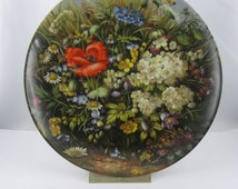 """FUERSTENBERG (Germany) porcelain collection plate """"Wild Beauties"""" by Hans Grass. Issue 1 """"Along the way"""". 1989. Bradex. VINTAGE"""