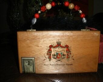 Cigar Box Purse Authentic Tampa   A. Fuente Canones #299