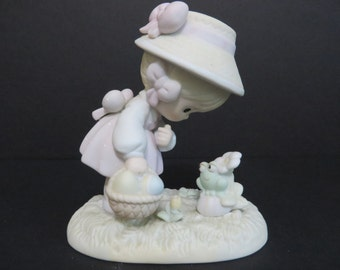 Precious Moments Collection Happy Easter Friend 1990