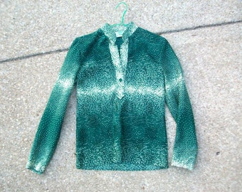 Vintage Blouse, Vintage Shirt, Green Blouse, Green Shirt, Triangle Print Shirt, Pleated Shirt, Pleated Blouse, Green & Yellow, Polyester